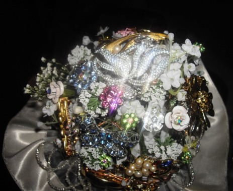 Bouquet made up of family members' brooches