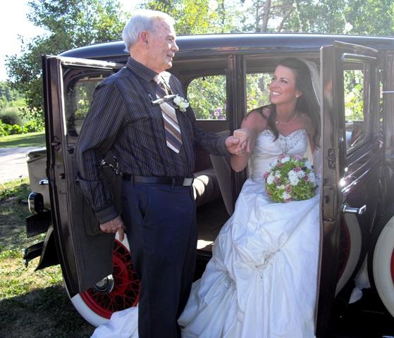 Groom Gives His Bride The Coolest Wedding Surprise: Kendel&John