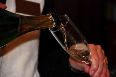 wine-pour