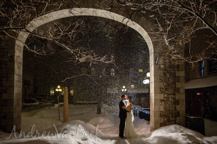 Courtyard_Winter_Wedding_Ottawa_13