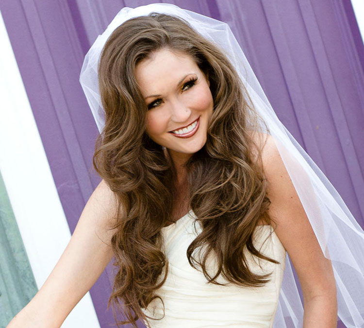 Amazing Miami Stylist Offers Bridal Hair How To Tips Ottawa Wedding Journal Hairstyle Inspiration Daily Dogsangcom