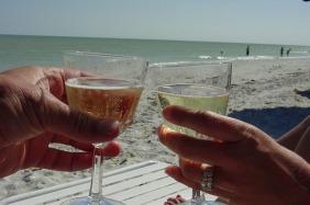 champagne-13319_640