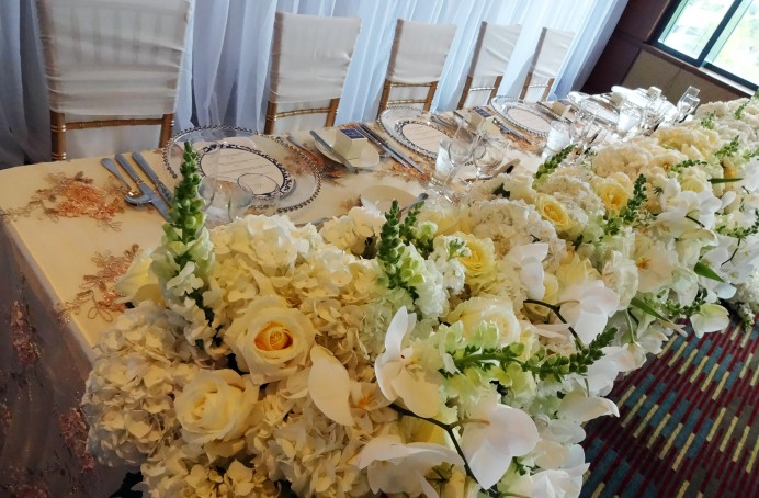 Flower Head Table