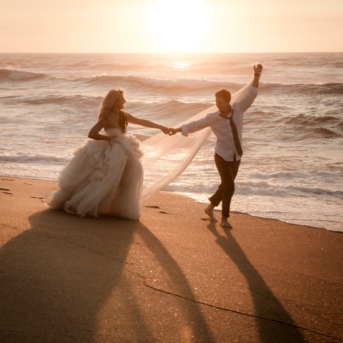 Couple S Wedding Ceremony And Reception Held At The Beach: Win A Wedding Redo At Fort Lauderdale Marriott Pompano