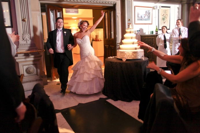 Bride And Groom S Grand Entrance: 4 Tips For A Wedding Reception Entrance
