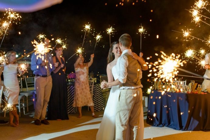 Puerto Vallarta's Popular Wedding Resort Splurges on Guests with Free Wedding with Booking.