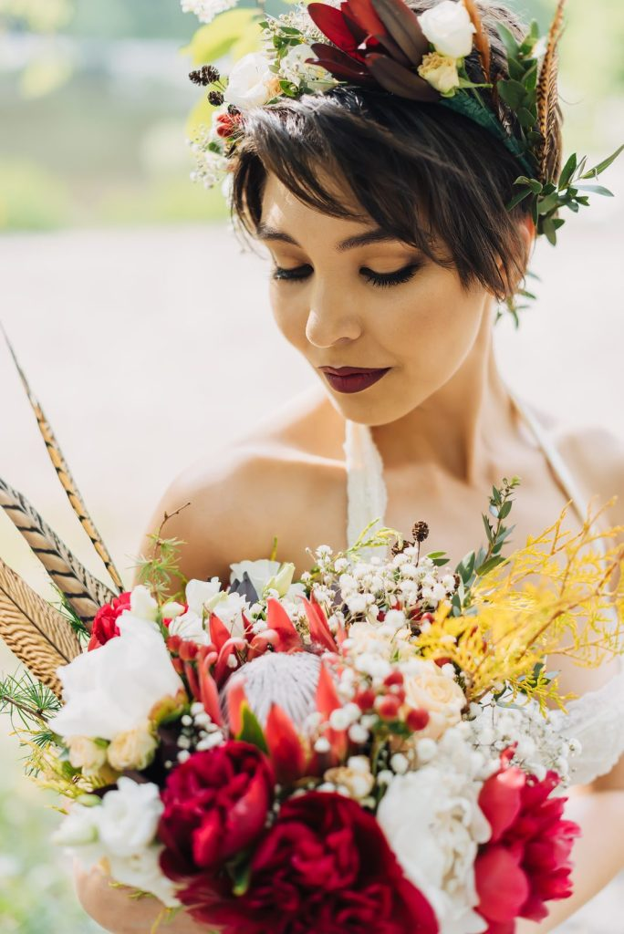 feathers-in-bouquet-small