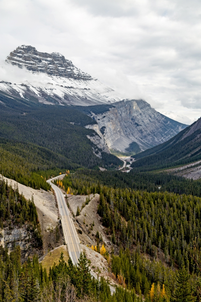 Icefields Parkway, Banff National Park ©Alexander Howard/Lonely Planet